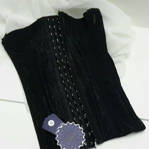 Other - BLACK LACE CORSET  XS